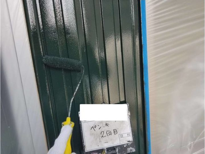 外壁(鋼板部)/上塗り塗装