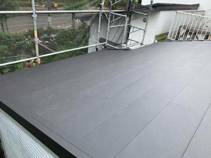 屋根カバー施工後