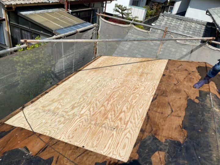 屋根地の補修