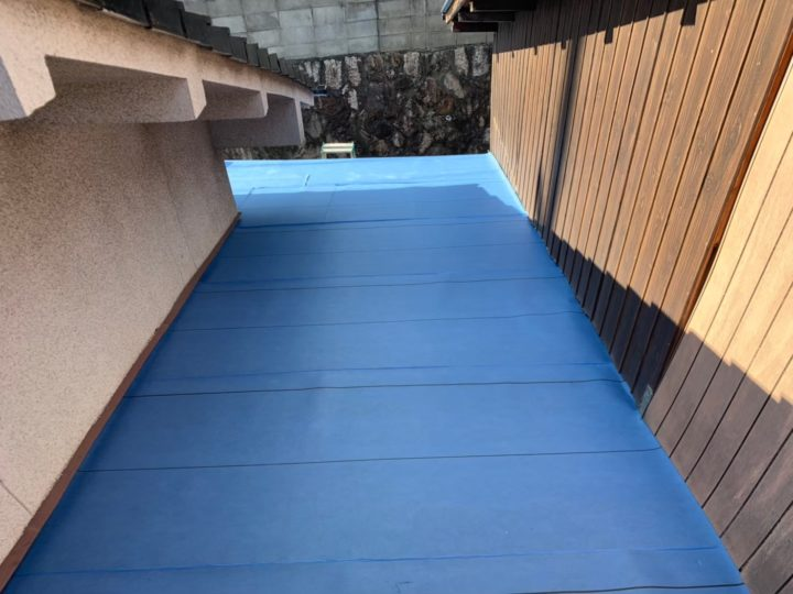 ルーフィング張り(屋根下地防水紙)