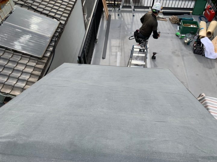 屋根下葺き材(粘着ルーフィング)