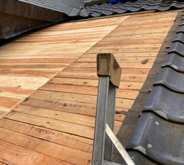 広島市東区 S神社屋根雨漏り修理