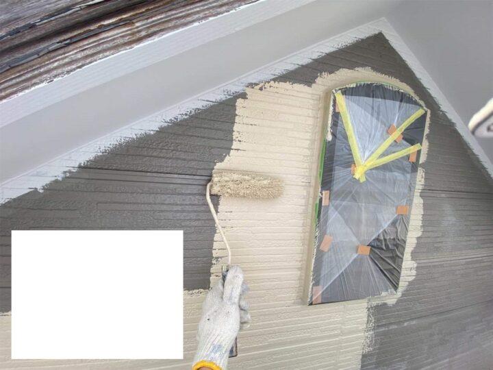 外壁中塗り工事